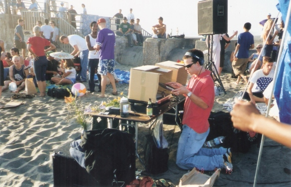 Thermal Recording's Sifu playing a beach party